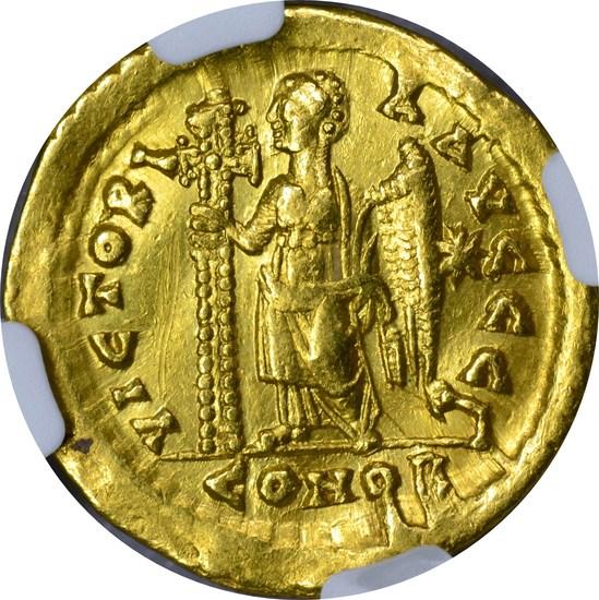EAST. ROMAN EMPIRE - MARCIAN GOLD AV SOLIDUS - 450-457 AD - NGC XF DETAILS