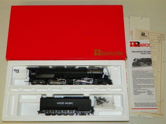 HO Rivarossi #1596 Union Pacific 4-6-6-4 Challenger No.3985 w/OB