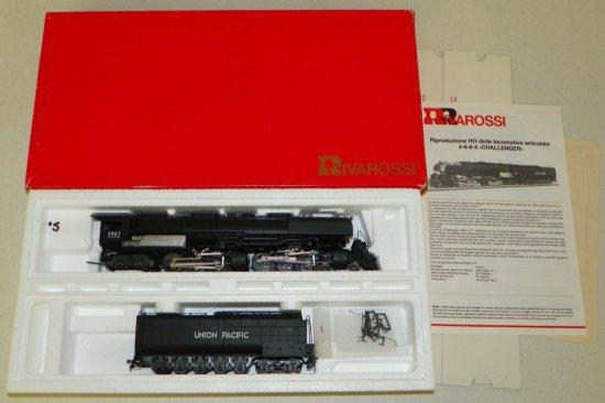 HO Rivarossi #1591 Union Pacific 4-6-6-4 Challenger No.3967 w/OB