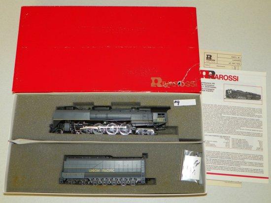 HO Rivarossi #1587 Union Pacific 4-8-4 FEF-3 Steam Engine No.844 w/OB