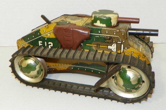 "Vintage 10"" Marx E12 Wind-Up Sparkling Tank"
