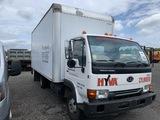 2004 Nissan UD 1200 box truck