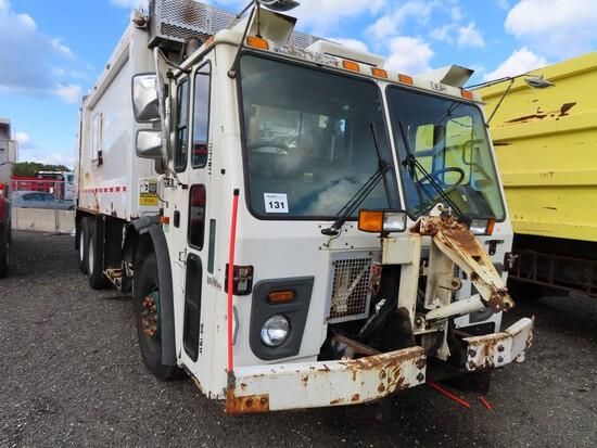 2010 Mack LEU613 Garbage Truck
