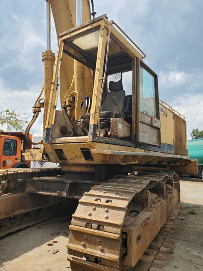 Caterpillar 245 Excavator with hammer