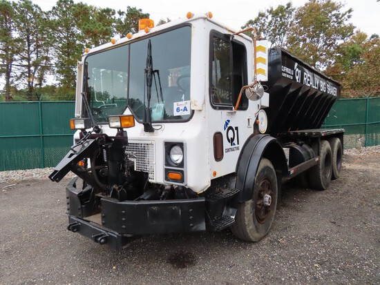 2000 Mack MR688S Salt Truck