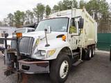 2004 International 7400 Garbage Truck