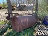 Lot of 2 500 Gallon Fuel Tanks (OFFSITE)