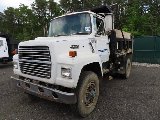1990 Ford L8000 Single Axle Dump