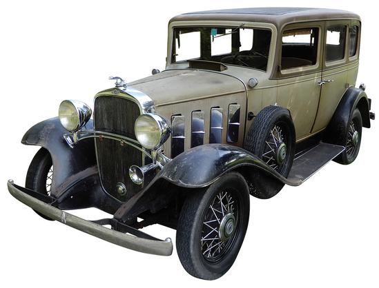 1932 Chevrolet Confederate Deluxe Sedan. This 1932