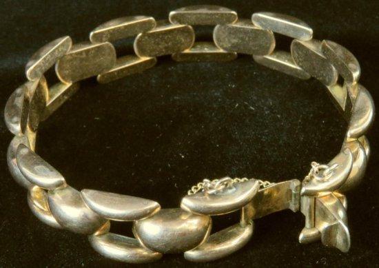 Vintage 14K Rose Gold Link Bracelet. Approx 18.1 grams.