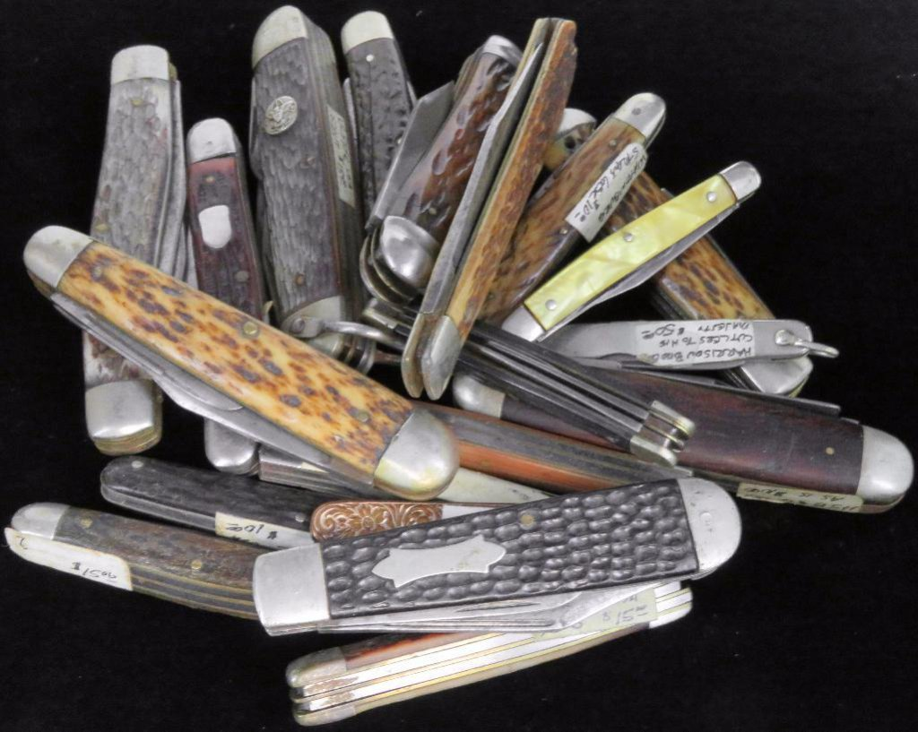 Lot of (20) vintage Pocket Knives nice variety!