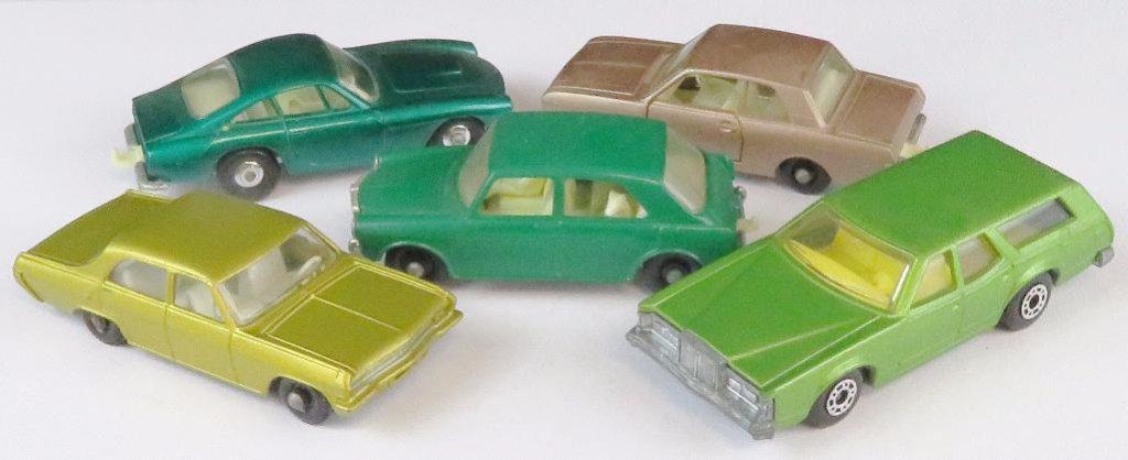 Lot of (5) vintage Matchbox includes No. 36 Opel Diplomat, No. 75 Ferrari Berlinetta, No. 25 Ford Co
