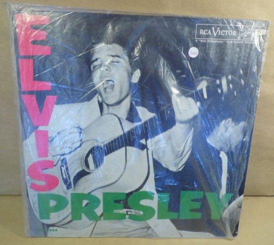 RCA Victor Album LPM-1254 - Elvis Presley.