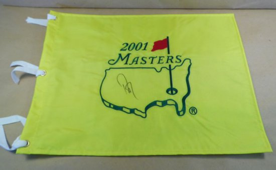 Davis Love III signed 2001 Masters Pin Flag.  These flags available only in the Masters Pro-Shop wee