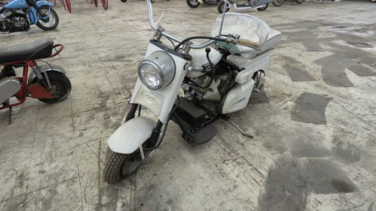 1965 CUSHMAN EAGLE SCOOTER