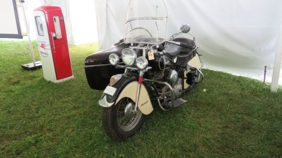1947 INDIAN CHIEF MOTORCYCLE WITH INDIAN SIDECAR