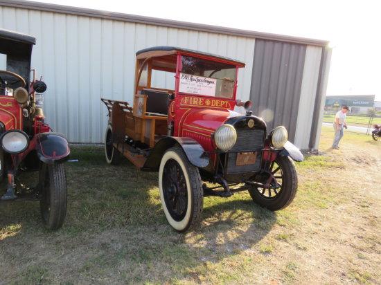 RARE 1917 REO Speedwagon Express Truck Fire Truck
