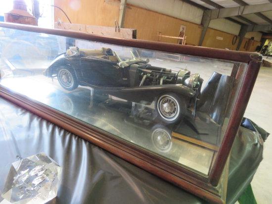 Mercedes Benz Cabriolet Model 540 Model in glass case