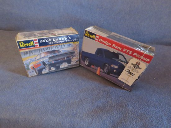 2 Dragster Models NIB