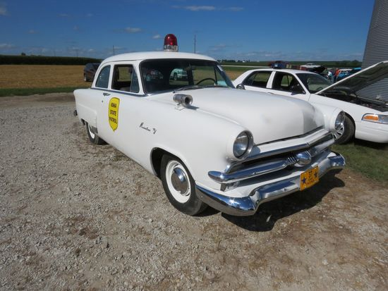 1953 Ford Mainline Iowa Patrol Car