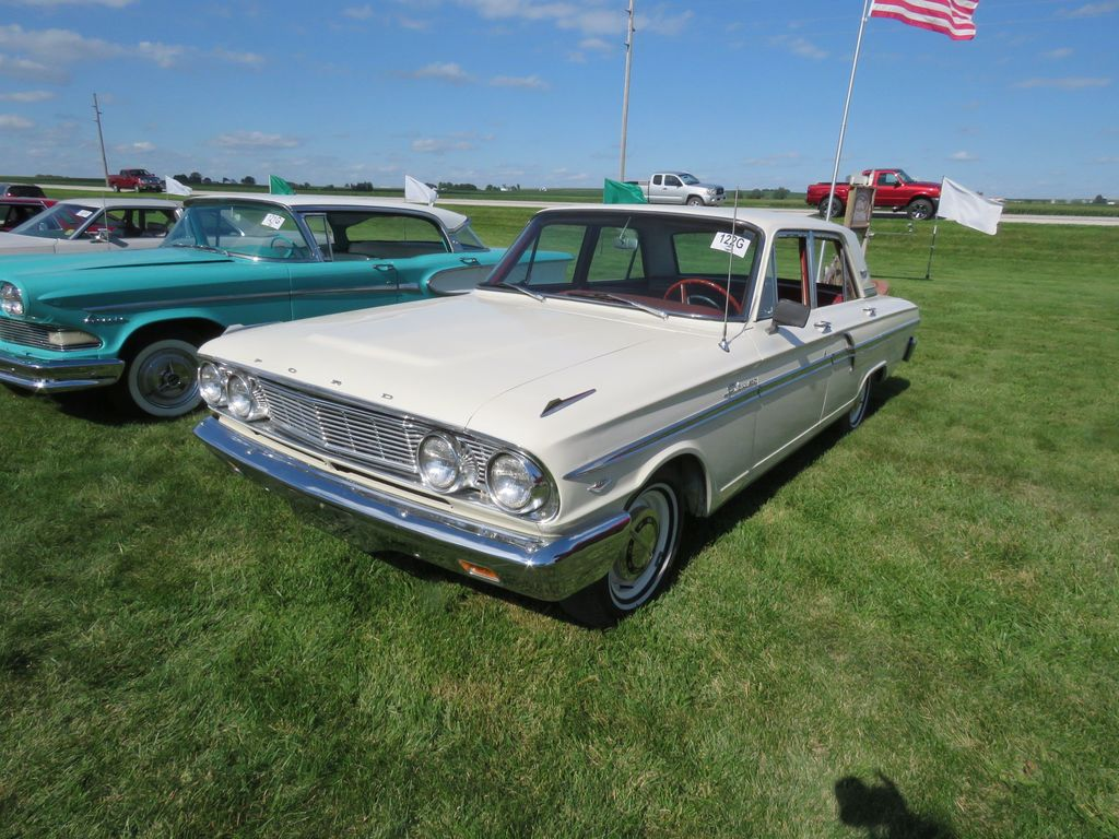 1964 Ford Fairlane 500 4dr Sedan