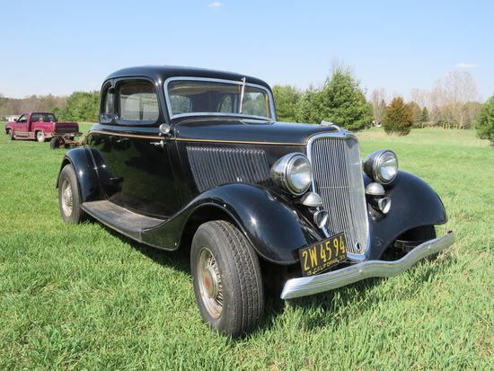 1933 Ford 5 Window Coupe