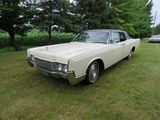 1967 Lincoln Continental 4dr HT Suicide Sedan