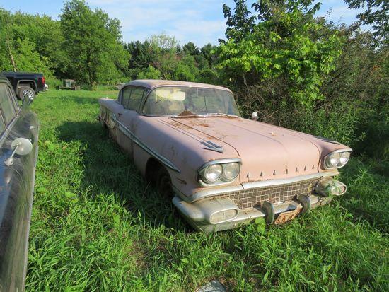1958 Pontiac Super Chief 2dr HT
