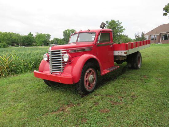 1945 Diamond T Truck