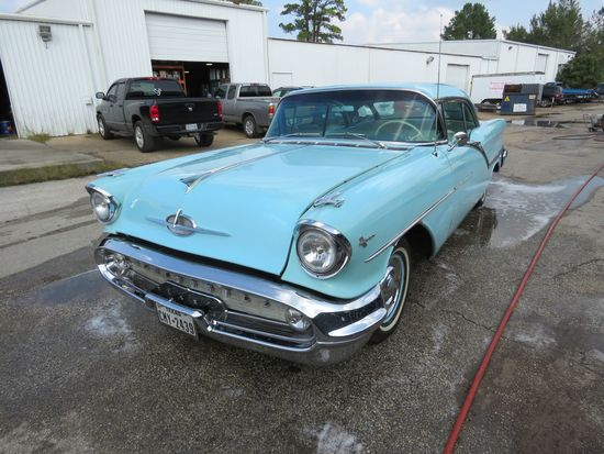 1957 Oldsmobile Super 88 2dr HT