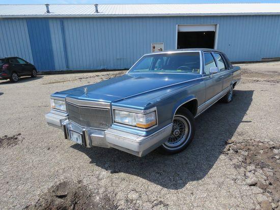 1991 Cadillac Brougham 4dr Sedan