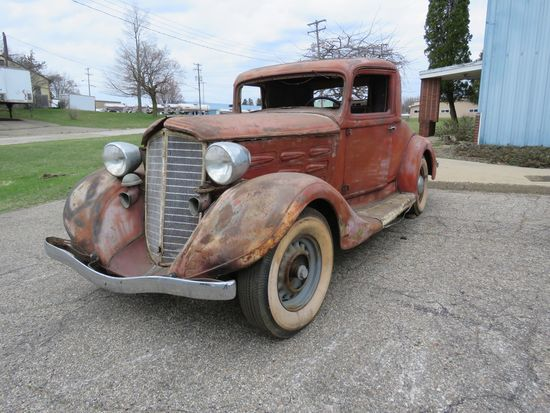 1935 REO Coupe