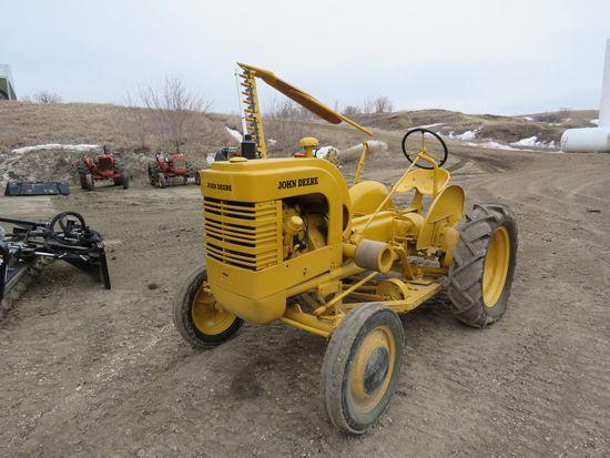 John Deere LI Tractor