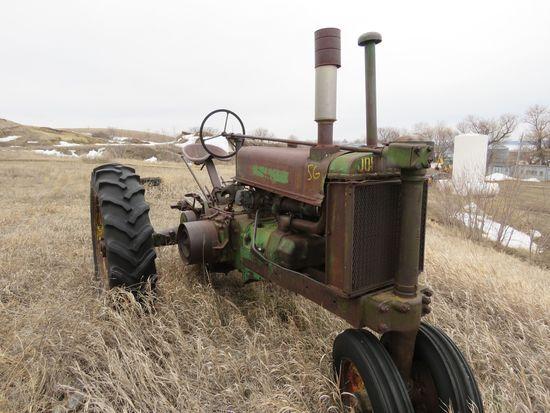 1938 John Deere G Tractor