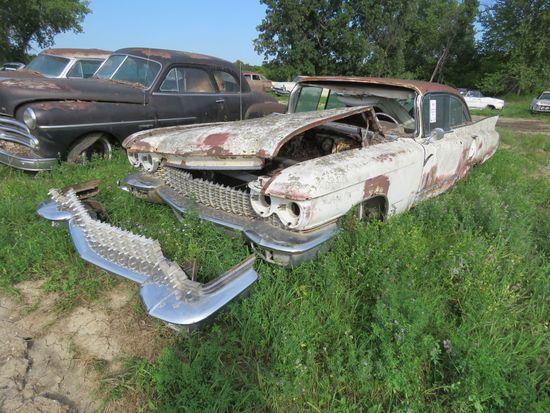1960 Cadillac 4dr Sedan for Parts