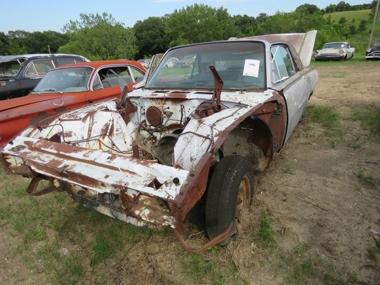 Ford Thunderbird for Project or parts
