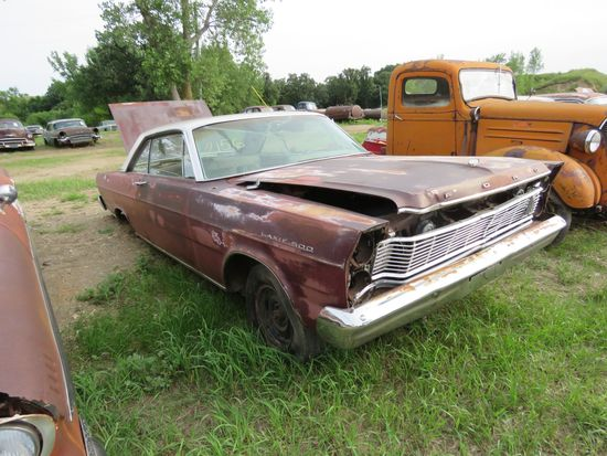 Ford Galaxie 2dr HT for project or parts