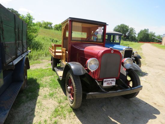 1925 Graham Brothers Truck
