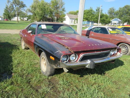 1974 Dodge Challenger 2dr HT
