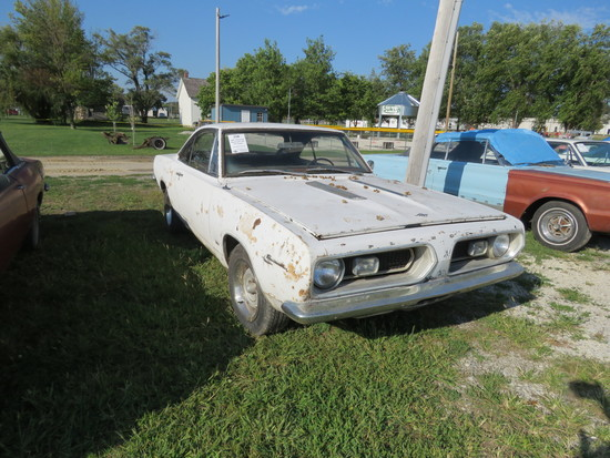 1967 Plymouth Barracuda 2dr HT Coupe