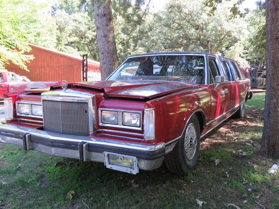 1980 Lincoln Town Car Limo