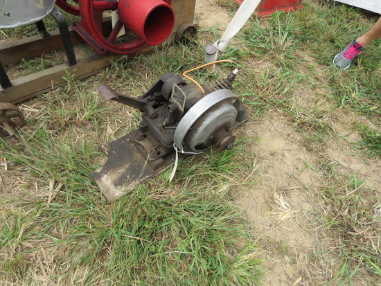 Maytag #92 Single Cylinder Stationary Engine 11111