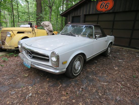 1968 Mercedes 250SL Roadster