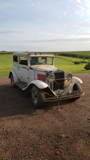 1931 Chevrolet 2dr Sedan for Rod or Restore