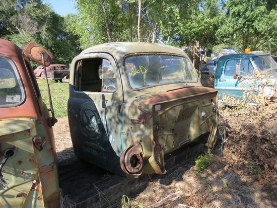 Ford F-7 Cab for Project