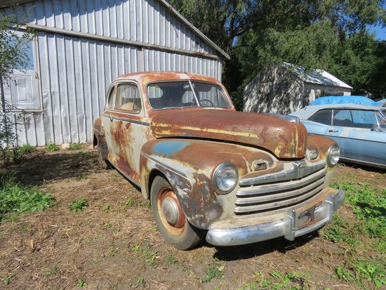 1946 Ford 2dr Coupe