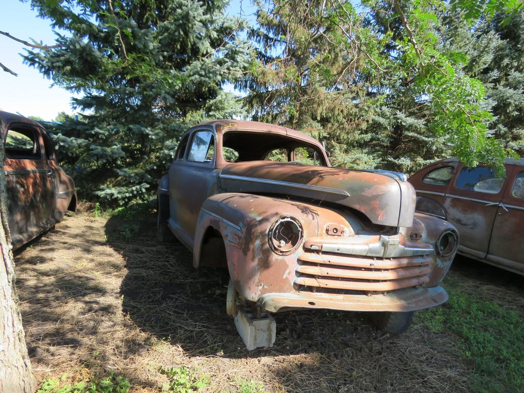 1946 Ford 2dr Sedan for Project or Parts