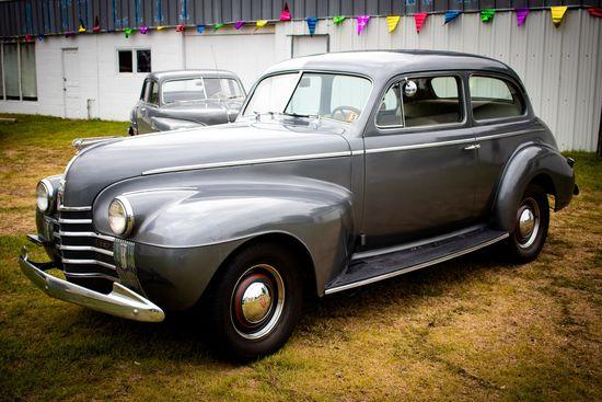 1940 Oldsmobile 2dr