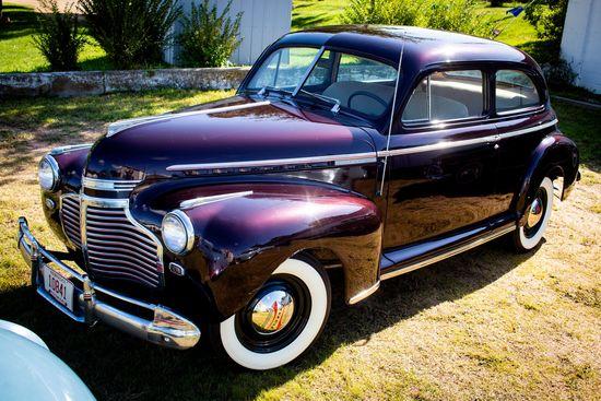1941 Chevrolet Master Deluxe 2 Dr Sedan