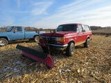 1989 Ford Bronco with Snowplow